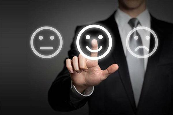 انتقادات و پیشنهادات